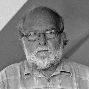 Lelkes Péter | formatervező iparművész